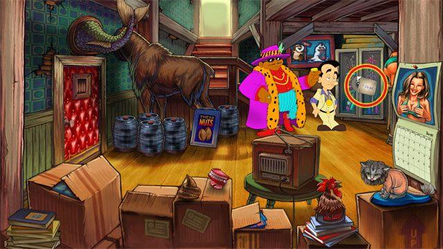 Podejdź do szafy w głębi po prawej i użyj na niej odwróconej karty baru Lefty's - 1. Panienka - Solucja - Leisure Suit Larry: Reloaded - poradnik do gry