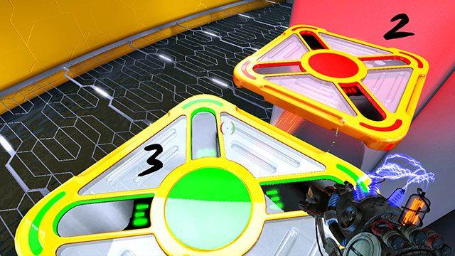 Przeskocz na trzecią platformę i naładuj ją zielonym ładunkiem - Platform Test - Akt I - Magrunner: Dark Pulse - poradnik do gry