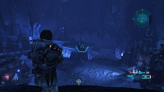 Po wyjściu z bazy i przejściu kilku metrów otrzymasz możliwość wysiadania z mecha [E] - Misja 1 - Uratuj Larochea - Opis przejścia - Lost Planet 3 - poradnik do gry