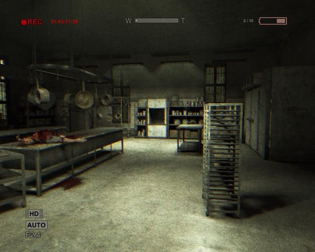 Kuchnia, a drzwi są po prawej - Male Ward - Solucja - Outlast - poradnik do gry