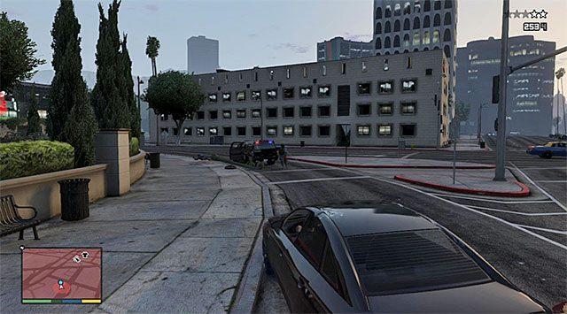 Uważaj na przeciwników, którzy mogą wysiąść z auta i otworzyć ogień z karabinów - 12 - Karabinki | Wątek główny - GTA V - poradnik do gry