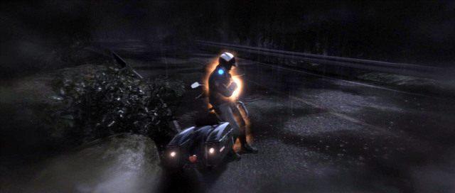 Musisz wcielić się w policjanta z pomarańczową poświatą - Ścigana - Solucja - Beyond: Dwie Dusze - poradnik do gry