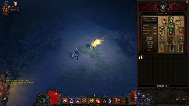 System wylicza 340000 obrażeń, ale nie bierze pod uwagę bonusów które są oznaczone pomarańczowym punktem. - Porównywanie przedmiotów | Zdobywanie nowego uzbrojenia - Diablo III: Reaper of Souls - poradnik do gry