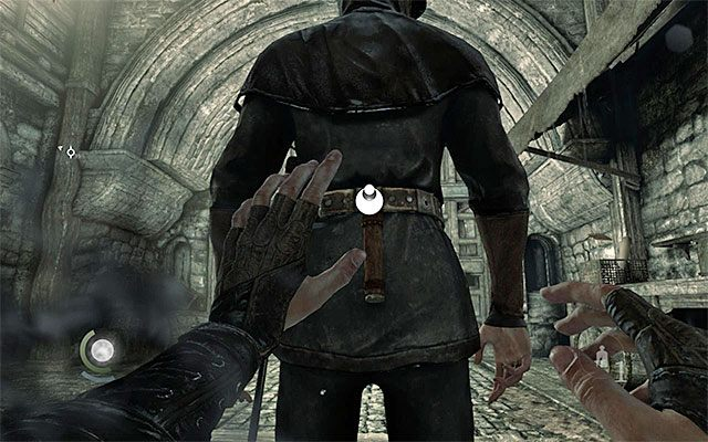 Jeden z wartowników ma przy sobie list - Pierwsza część podróży do wieży zegarowej - Rozdział 1 (Blokada - Lockdown) - Thief - poradnik do gry