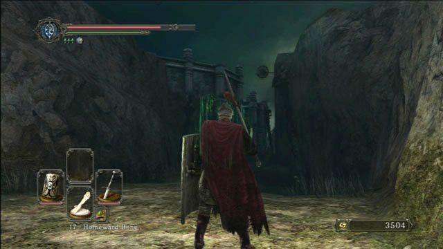Uważaj na przeciwników na kolumnach - Huntsmans Copse - droga do Undead Purgatory - Opis przejścia - Dark Souls II - poradnik, opis przejścia, bossowie