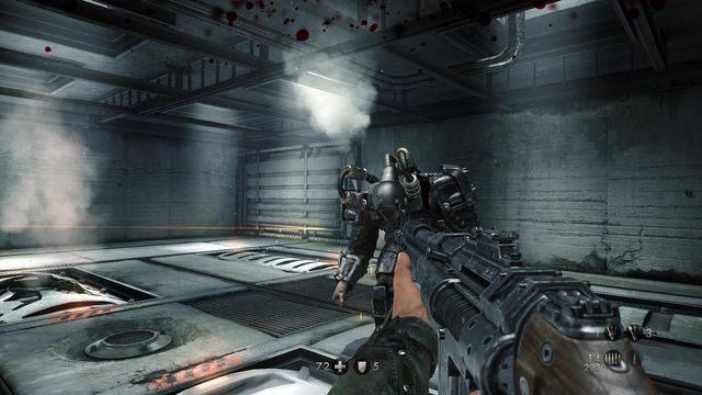 Najpierw należy zniszczyć przewody na ramionach - Sztab Trupiej Główki - Misje Główne - Wolfenstein: The New Order - poradnik do gry
