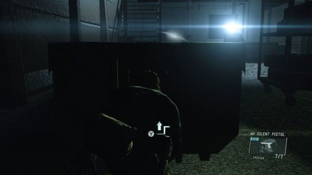 Przejdź za budynkiem - Uwolnij Paz - Opis przejścia - Metal Gear Solid V: The Phantom Pain - poradnik do gry