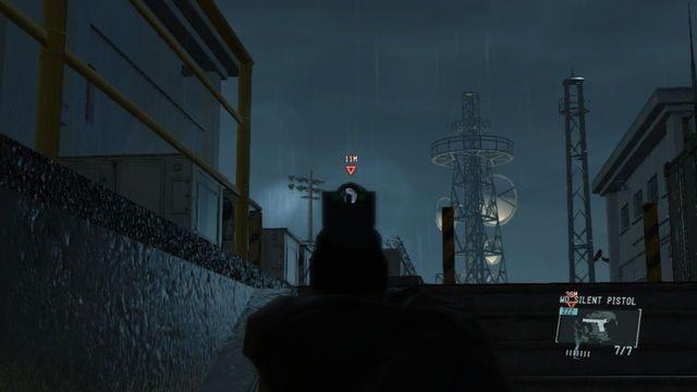 Zajmij się strażnikiem na szczycie schodów - Uwolnij Paz - Opis przejścia - Metal Gear Solid V: The Phantom Pain - poradnik do gry