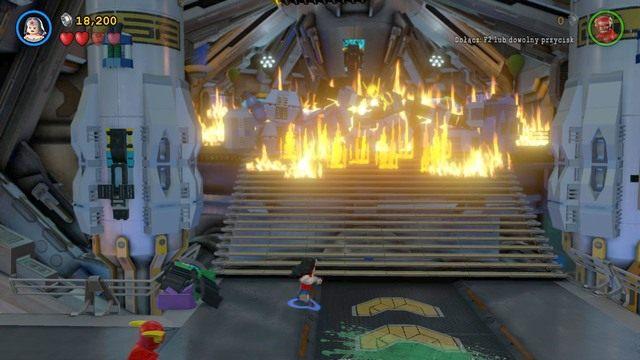 Walkę z Fireflyem będziesz mógł odbyć podczas wykonywania misji głównej Na Strażnicy Porządku - Firefly - Bossowie i taktyki - LEGO Batman 3: Poza Gotham - poradnik do gry