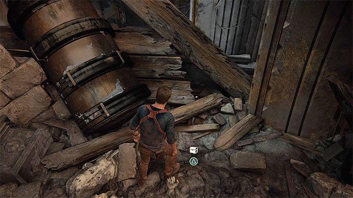 Zacznij od dokładnego zbadania miejsca, w którym rozbił się ogromny dzwon, a to dlatego, że możesz tu odnaleźć ostatni dla tego rozdziału skarb (Brass Globe Hand Warmer) - 11 - Najciemniej pod latarnią - Opis przejścia - Uncharted 4: A Thiefs End - poradnik do gry