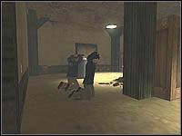 Droga do zakładników wiedzie nieopodal schodów prowadzących do szałasu - Misja 02 - Agent Recovery Operation - Suma Wszystkich Strachów - poradnik do gry