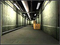 Podjedź do drzwi po lewej i wejdź przez nie do niebieskiego tunelu - Misja 04 - Janus Knife - Suma Wszystkich Strachów - poradnik do gry