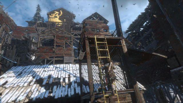 Wejdź po następnej drabince na pierwszy poziom huty - Dotrzyj do wejścia do kopalni   Znów sama - Rise of the Tomb Raider - poradnik do gry