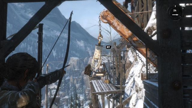 Przejdź przez pomieszczenie, a dotrzesz do widocznego kilkanaście kroków dalej rusztowania - Dotrzyj do wejścia do kopalni | Znów sama - Rise of the Tomb Raider - poradnik do gry