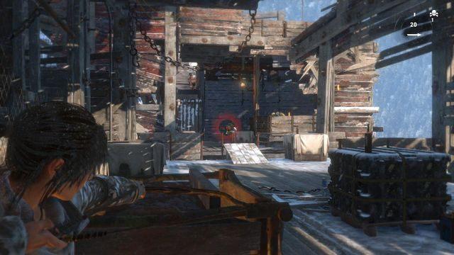 Przeciwników jest tylko kilku, ale od tej pory dość często będziesz miał do czynienia z rzucanymi przez nich granatami - Dotrzyj do wejścia do kopalni   Znów sama - Rise of the Tomb Raider - poradnik do gry