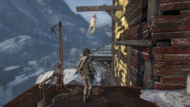 a następnie po raz kolejny huśtając się na linie przeskocz na drugą stronę huty - Dotrzyj do wejścia do kopalni | Znów sama - Rise of the Tomb Raider - poradnik do gry