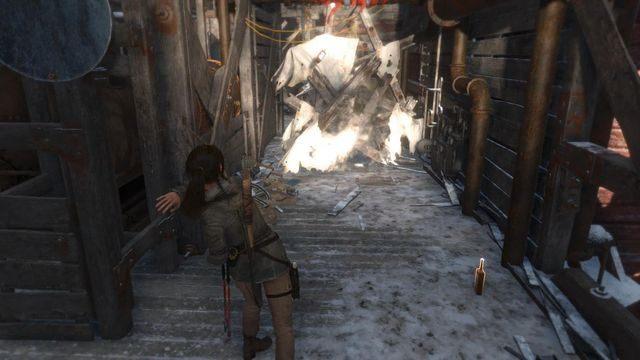 Dalej utoruj sobie drogę koktajlami Mołotowa i bądź gotowy na jeszcze jedną, o wiele cięższą przeprawę z przeciwnikami - Dołącz do Jacoba   Znów sama - Rise of the Tomb Raider - poradnik do gry