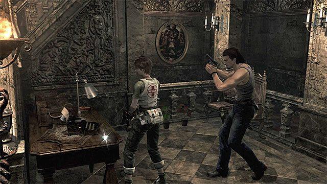 Maszyna do pisania jest na parterze głównej sali - Początek eksploracji | Ośrodek szkoleniowy Umbrella - Resident Evil Zero HD - poradnik do gry