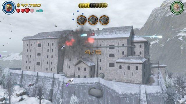 Siódmy minizestaw zdobędziesz kontrolując Iron Mana podczas ataku na fortecę - Minizestawy - Konstruktywna DeStrukcja - sekrety - LEGO Marvels Avengers - poradnik do gry
