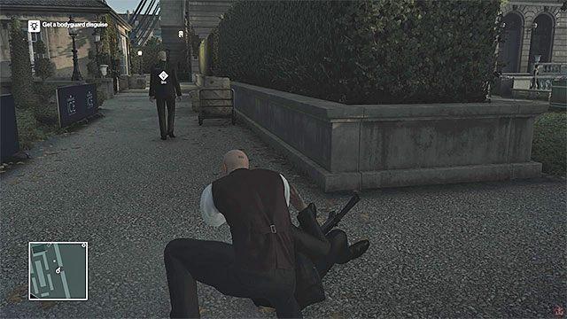 Zneutralizuj któregoś z ochroniarzy i zabierz jego ubranie - Zamordowanie Viktora Novikova | Paryż - The Showstopper - Hitman - poradnik do gry