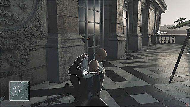 Pozbądź się ochroniarza stojącego na balkonie - Zamordowanie Dalii Margolis | Paryż - The Showstopper - Hitman - poradnik do gry