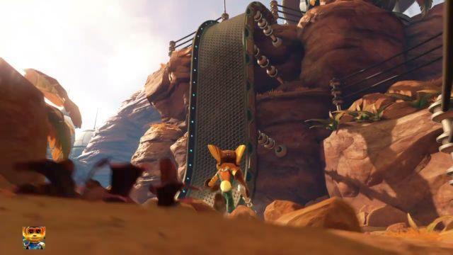 Zignoruj w tym momencie zlokalizowaną na prawo rampę, która prowadzi na wzniesienie - by się po niej wdrapać, będą potrzebne Magnebuty (Magneboots), które zdobyć można w dalszej części gry (szczegóły znajdziesz w rozdziale Wyposażenie) - Planeta Veldin - Opis przejścia - Ratchet & Clank - poradnik do gry