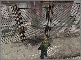 Okolice wokół budynku [Wood Side Apartment] nie zawierają nic wartościowego - Południowe Silent Hill - Silent Hill 2 - poradnik do gry