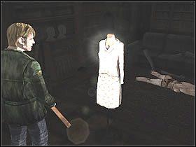 Wyjdź z pokoju i udaj się korytarzem w prawo, zaraz za zakrętem jest pokuj [210] , wejdź do niego - Wood Side Apartment - Część 1 - Silent Hill 2 - poradnik do gry