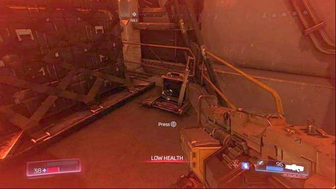 Obejdź je i pociągnij za ukrytą za nimi dźwignię - Obiekt Argentu (zniszczony) | Opis przejścia - Doom - poradnik do gry