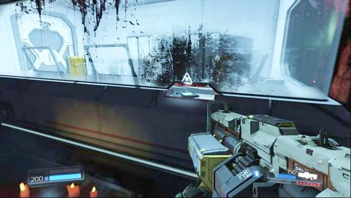 Na początku udaj się pobliskiego pomieszczenia, obejrzyj hologram, który się tam pojawi, a następnie podnieś Dziennik leżący w lewym rogu - Laboratoria Lazarus | Opis przejścia - Doom - poradnik do gry