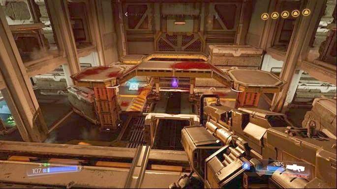 Gdy skończysz wyzwanie, wejdź do wąskiego korytarza na środku, zeskocz na dół , a następnie udaj się do niebieskiego portalu na końcu tunelu - Laboratoria Lazarus | Opis przejścia - Doom - poradnik do gry