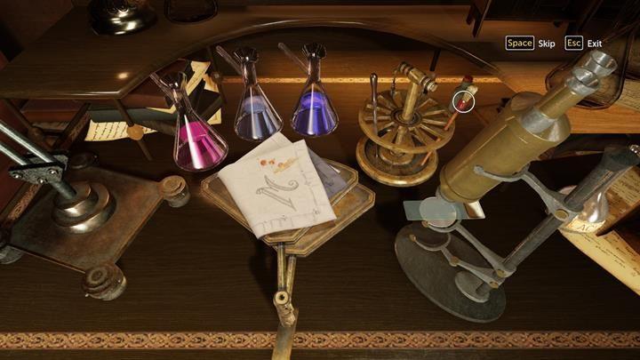 Podejdź do Watsona, który analizuje zakrwawioną chustę - Dom Lorda Marsha i analiza chusty - Prey Tell / Ofiarna opowieść - Sherlock Holmes: The Devils Daughter - poradnik do gry
