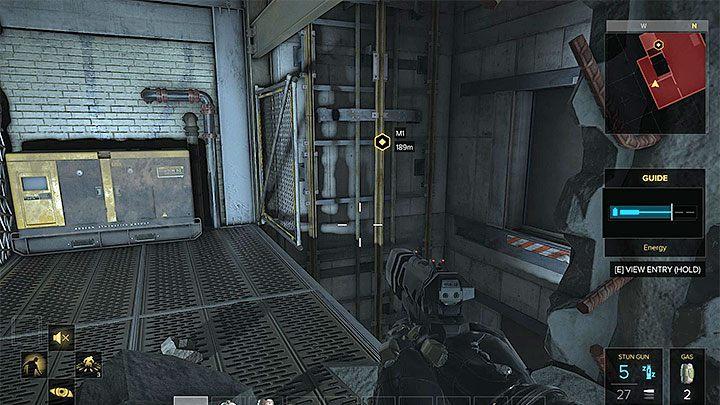 Po przebiciu się przez pękniętą ścianę znajdziesz się przy nieczynnym szybie windy - Zakupy na Czarnym Rynku - główne zadanie - Dubaj - Deus Ex: Rozłam Ludzkości - poradnik do gry
