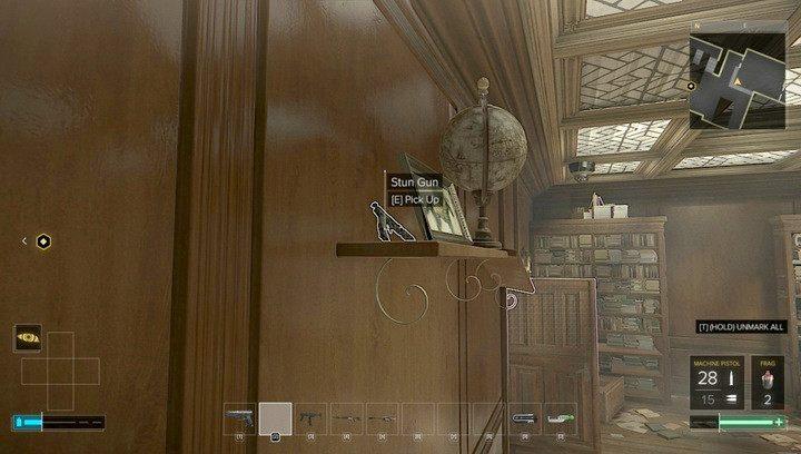 Pistolet obezwładniający w biurze Kollera - Bronie (opis i lokalizacje) - Zestawienia - Deus Ex: Rozłam Ludzkości - poradnik do gry