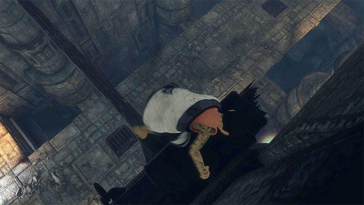 Opuszczaj się po drodze na niższe poziome belki - Przejście przez dwie sale z obracającymi się strażnikami - The Last Guardian - poradnik do gry