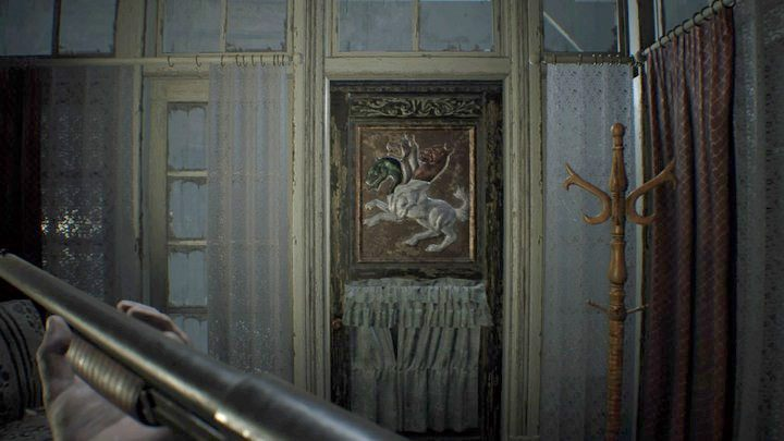 Drzwi frontowe w głównym hallu - Główny hall - Resident Evil VII: Biohazard - poradnik do gry