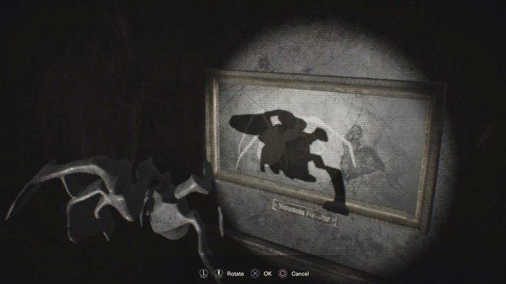 Obracaj obiektem tak, aby cień pokrywał się z pustym polem na obrazie, potem kliknij przycisk interakcji - Główny hall - Resident Evil VII: Biohazard - poradnik do gry