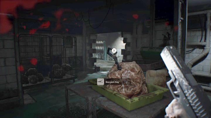 Klucz skorpiona - Piwnica - Resident Evil VII: Biohazard - poradnik do gry