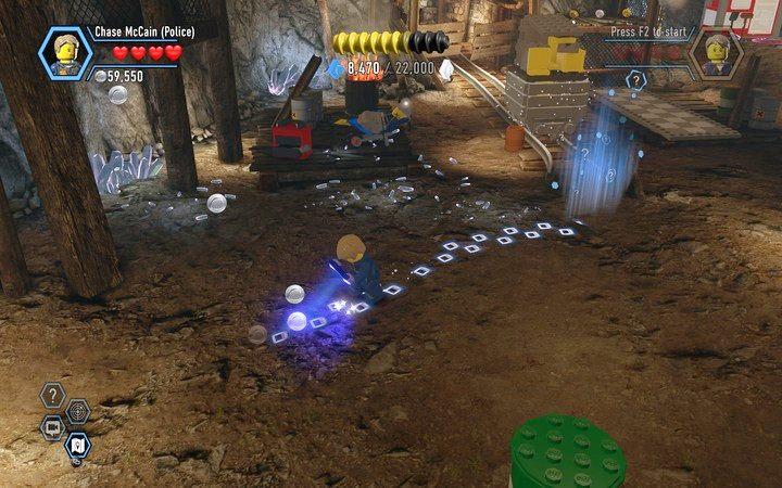 Podążaj za śladami, miejsce rozpoczęcia znajduje się pod skałkami - Kopalnia   Rozdział 3 - LEGO City: Tajny Agent - poradnik do gry