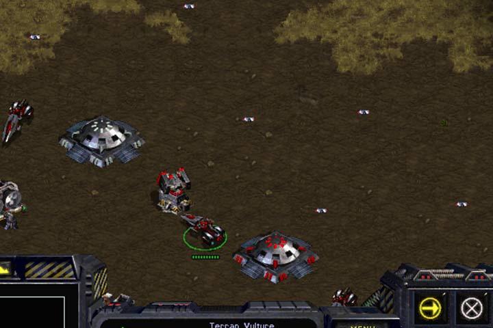 Rozbuduj obronę zanim podejmiesz jakiekolwiek działania zaczepne. - Misja 6 - Norad II | Kampania Terran - StarCraft: Remastered - poradnik do gry