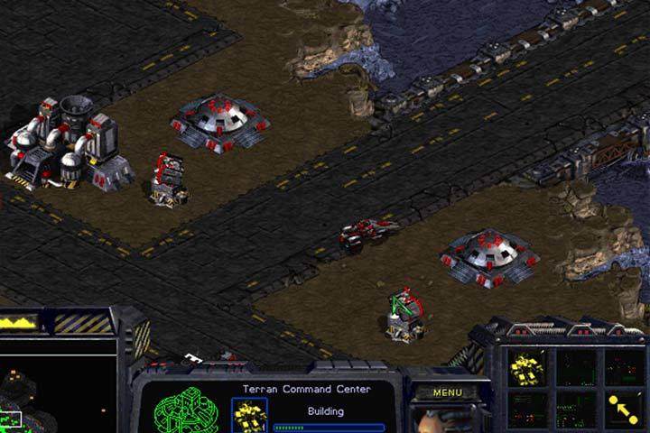 Zabezpiecz wszystkie trzy wejście Bunkrami oraz linią wieżyczek. - Misja 7 - The Trump Card | Kampania Terran - StarCraft: Remastered - poradnik do gry