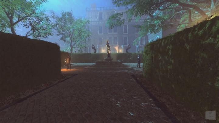 Teraz nie pozostaje już nic innego jak skierować się do głównego wejścia posiadłości - Ogród posiadłości Yelvertonów - solucja Lust for Darkness - Lust for Darkness - poradnik do gry