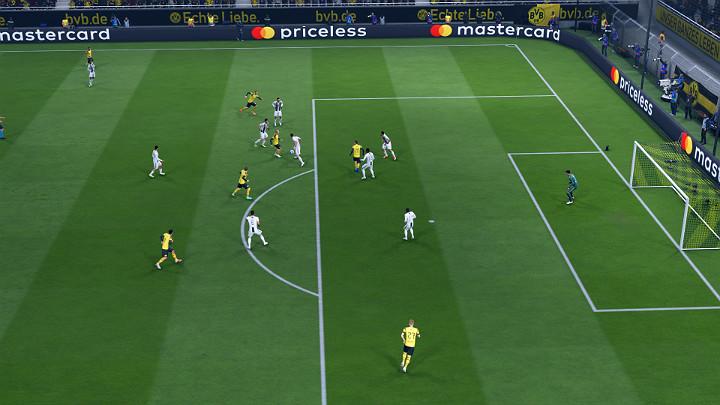 Zwykły odbiór piłki to w wielu przypadkach najskuteczniejszy i najbezpieczniejszy sposób na odzyskanie futbolówki bez konieczności narażania się na niepotrzebne ryzyko, jak w przypadku wykonywania wślizgu - Obrona w FIFA 19 - FIFA 19 - poradnik do gry