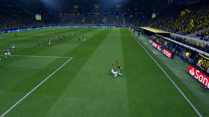 Wślizg to zdecydowanie najbardziej ryzykowna próba odbioru piłki, która w wielu przypadkach może skończyć się upomnieniem, żółtą karta, a w skrajnych przypadkach nawet czerwona kartką i wykluczeniem zawodnika z meczu - Obrona w FIFA 19 - FIFA 19 - poradnik do gry