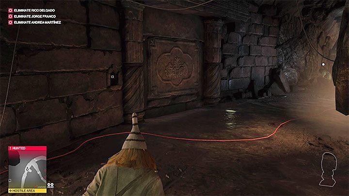 Tuż po znalezieniu się w jaskiniach natrafisz na pokazaną na obrazku pradawną bramą - Santa Fortuna | Trofea w grze Hitman 2 - Hitman 2 - poradnik do gry