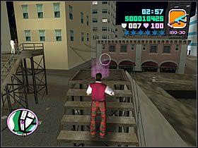 Po rozmowie z Diaz'em ruszaj w wyznaczone miejsce na schodach - 03 Guardian Angels - Colonel Cortez - Grand Theft Auto: Vice City - Solucja - poradnik do gry