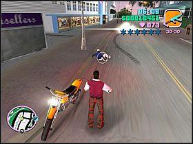Jeśli masz naboje do Mac10, możesz spróbować nim zdjąć uciekiniera - 03 Guardian Angels - Colonel Cortez - Grand Theft Auto: Vice City - Solucja - poradnik do gry