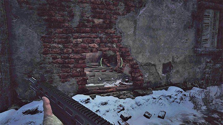 За металлическими воротами есть тропинка, ведущая к необязательной горной местности с несколькими хижинами - Resident Evil Village: Gold Chests - карта, описания, список всего - Resident Evil Village Game Guide