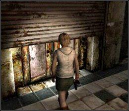 Najlepiej jest ich ominąć, tym bardziej, że ciosy Closera są naprawdę potężne - [Solucja] Shopping Mall cz.5 - Silent Hill 3 - poradnik do gry
