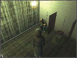 Poczekaj a� wejdzie do ubikacji, po czym ruszaj za nim - The Bjarkhov Bomb - Opis (1) - Misja 3 - Hitman: Kontrakty - poradnik do gry